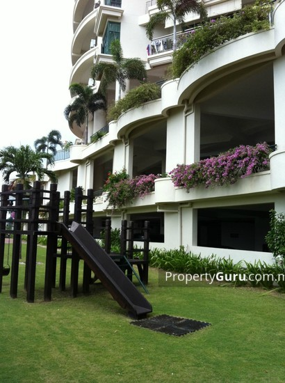 Sri Golden Bay Condominium  10156076