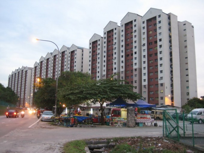 State govt to continue maintenance of Petaling Jaya PPR