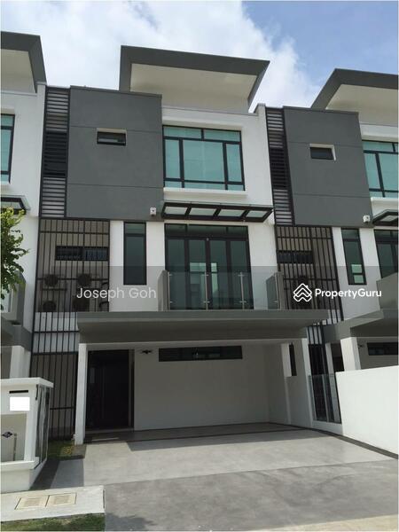 3 story house sunway montana taman melawati desa for Three story house for sale
