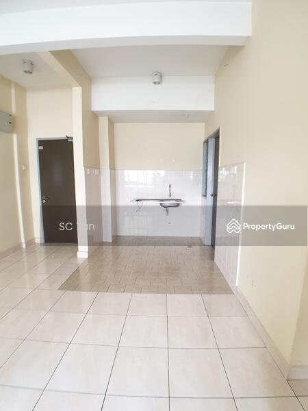 Shah Alam, Kota Kemuning, Lagoon Suites Condo, 700sf #138228434