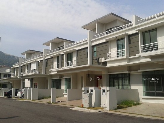 White lily 3 storey terrace house white lily 3 storey for 3 storey terrace house