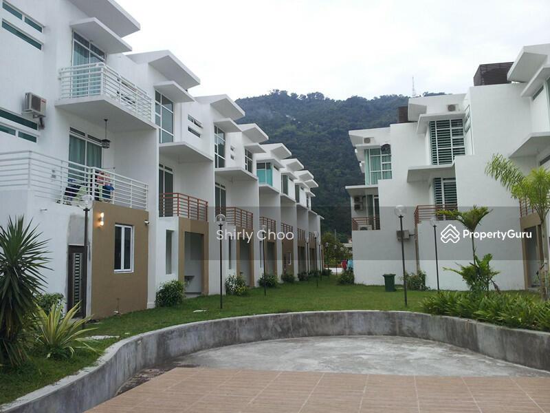 Rambai terrace paya terubong penang 5 bedrooms 3600 for Terrace 9 penang