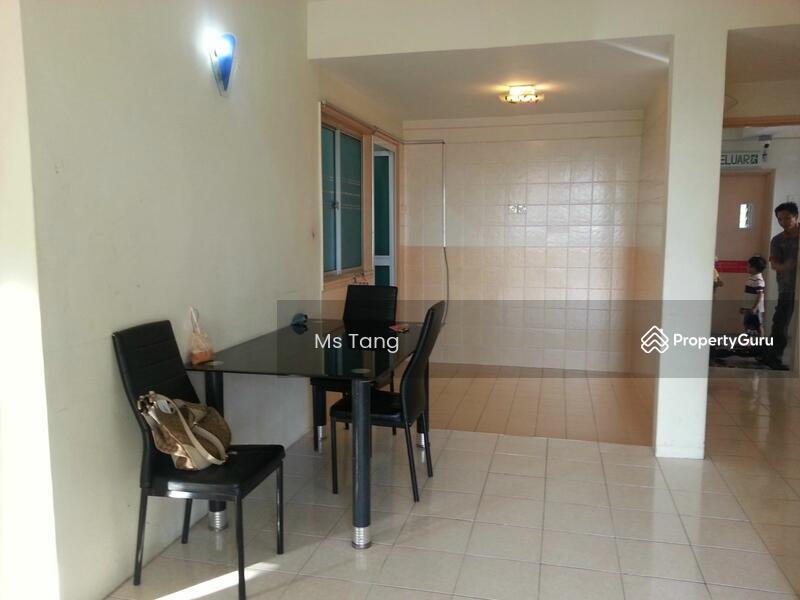 Ampang Permai Puteri Taman Tar Ampang Kuala Lumpur 3 Bedrooms 850 Sqft Apartments Condos