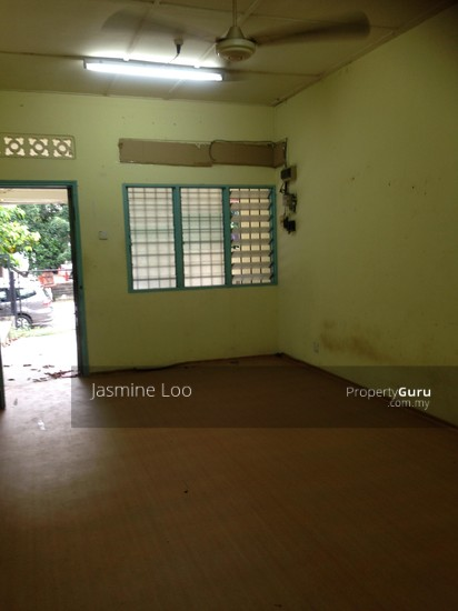 Section 17 Petaling Jaya Section 17 Petaling Jaya Petaling Jaya Selangor 3 Bedrooms 1400