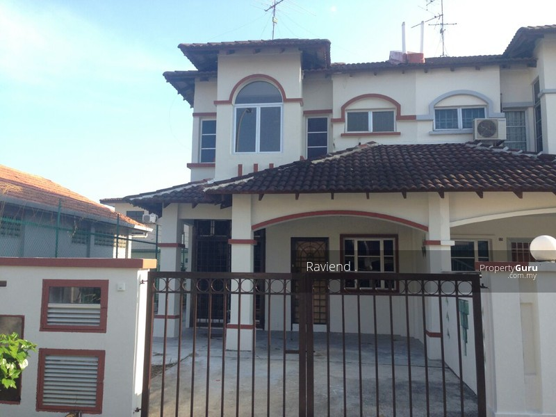 Double storey terrace house at taman bukit indah nusajaya for I kitchen bukit indah