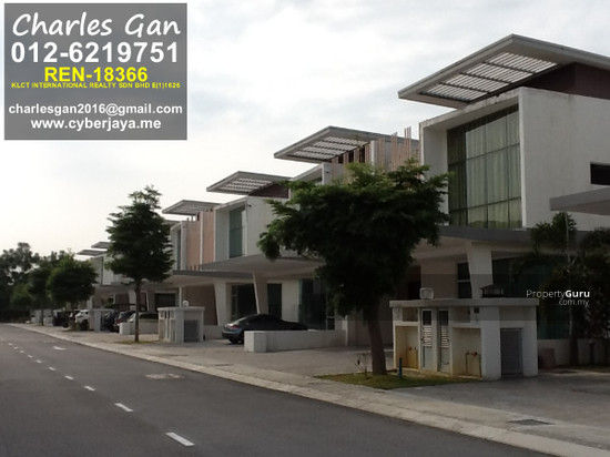Corner cassia cyberjaya semi d corner 2 storey house for for 2 storey house for sale
