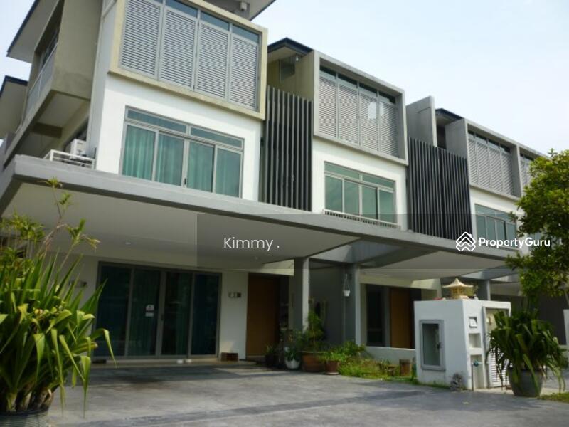 D'island Puchong 3 Storey SuperLink House