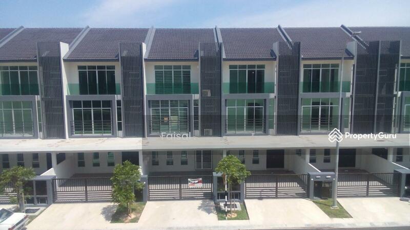 Rumah Teres 3 Tingkat Superlink Bangi Avenue 90490274