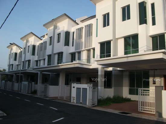 Elite homes 3 storey terrace jelutong jelutong for 3 storey terrace house for sale