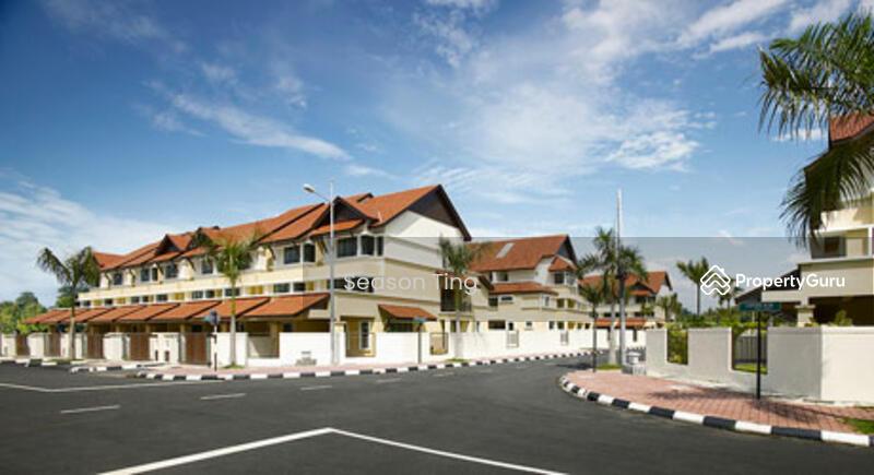 Slim villa 3 storey terrace jalan free school jelutong for Terrace house season 3