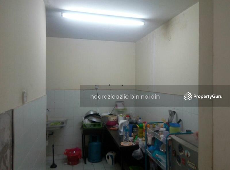 Pusat Komersial Seksyen 7 Shop Apartment  92637464. Pusat Komersial Seksyen 7 Shop Apartment  Jalan Plumbum Z 7 Z Off