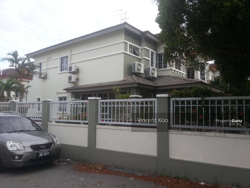Bukit indah double storey bukit indah double storey bukit indah johor 4 bedrooms 1700 sqft Master bedroom for rent in johor