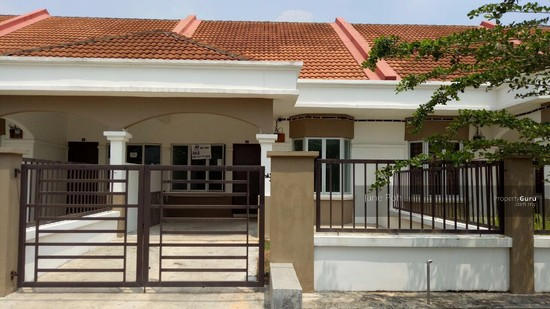 Single storey terrace house at taman mengkibol kluang for 3 storey terrace house for sale