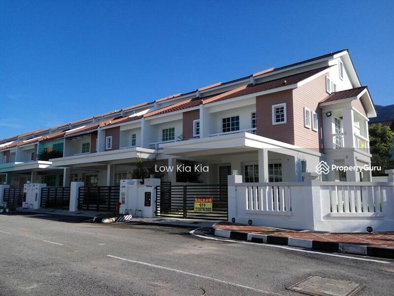 3 storey terrace house balik pulau penang 5 bedrooms for 3 storey terrace house