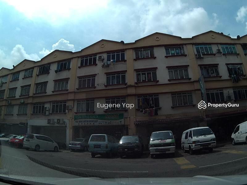 Taman Pusat Kepong Kepong Kuala Lumpur 3 Bedrooms 828
