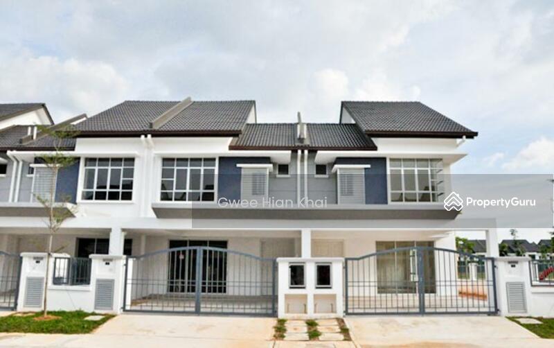 Affordable g g new terrace house banting klang kapar for Double g architecture