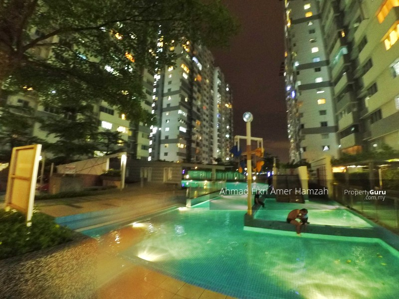 Koi kinrara suites jalan pipit bandar puchong jaya for Koi kinrara swimming pool