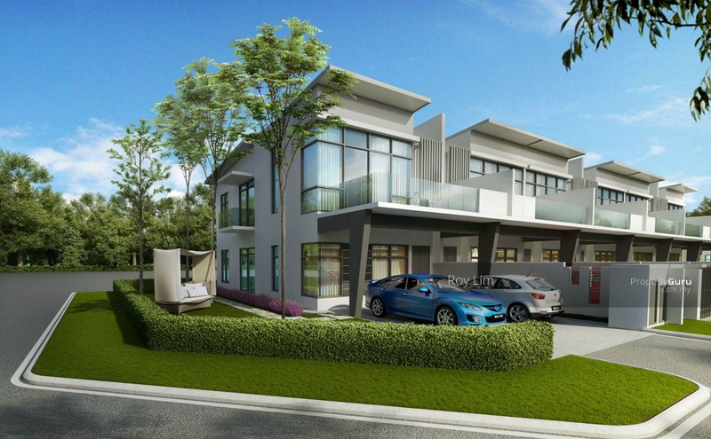 New township development with facing megamall double for New terrace house