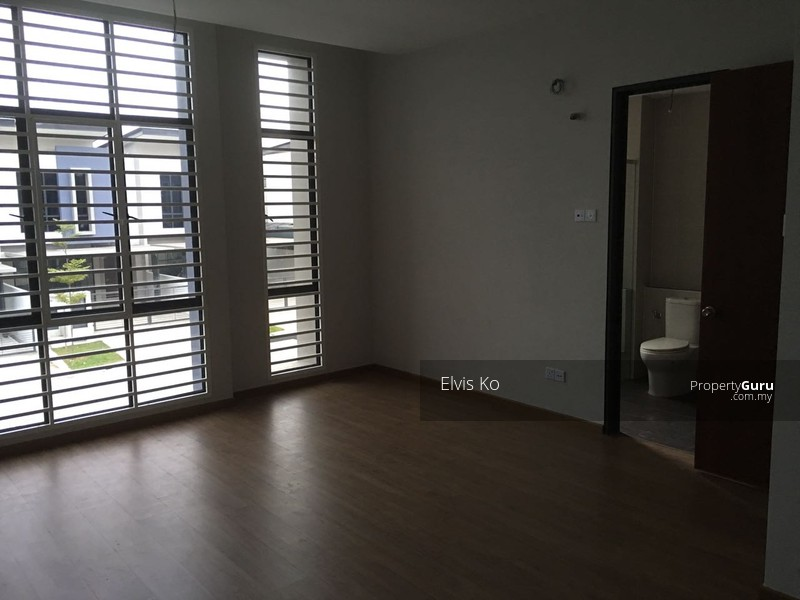 Kajang East Semenyih Kajang Selangor 4 Bedrooms 2400 Sqft Terraces Link Houses For Rent