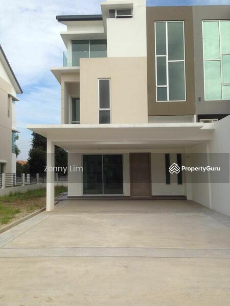 Armaya 3 endlot bandar botanik 3 storey terrace house for 3 storey terrace house for sale