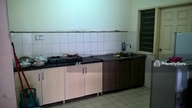 Sunway Suriamas Condominium Bandar Sunway Petaling Jaya Selangor 4 Bedrooms 1300 Sqft