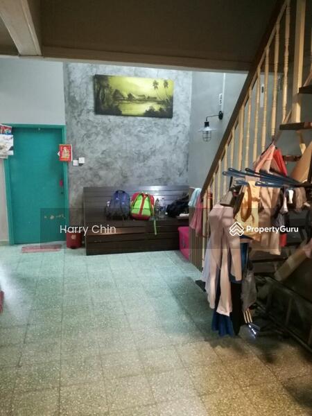 petaling jaya singles Single storey for rm 530 000 at petaling jaya, selangor 1300 sqft 3 bedrooms, 2 bathrooms.