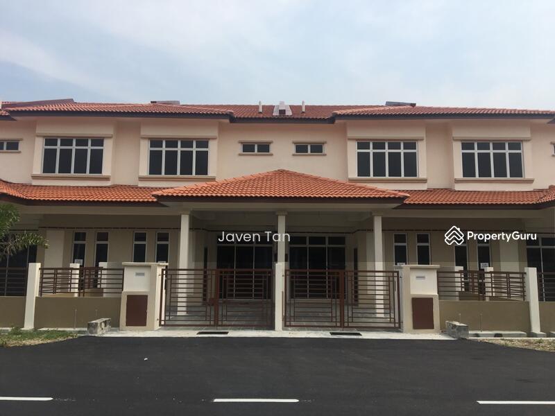 Rumah Teres Baru 2 Tingkat Sasaran Dekat Puncak Alam Shah