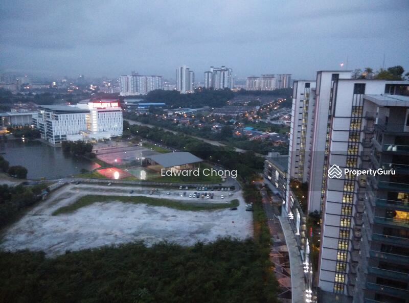 D U0026 39  Latour   Dk City Bandar Sunway  Jalan Taylors Off