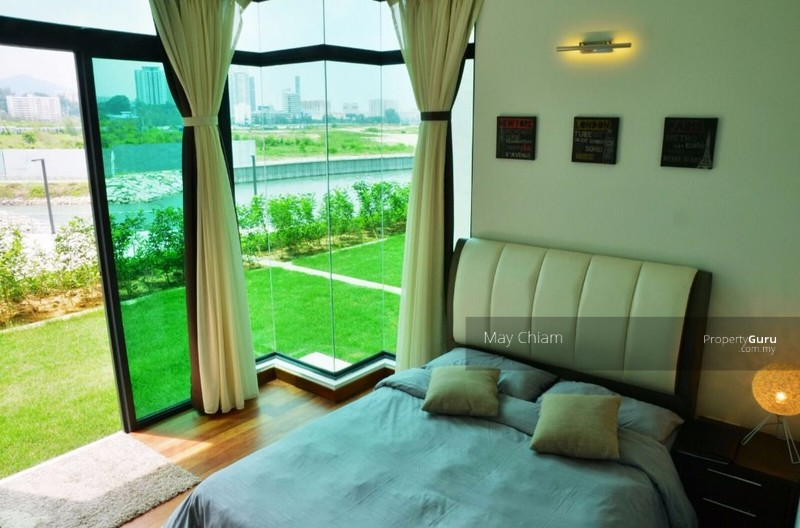 The Light Collection 2 Garden Unit Fully Furnished, Gelugor, Penang ...