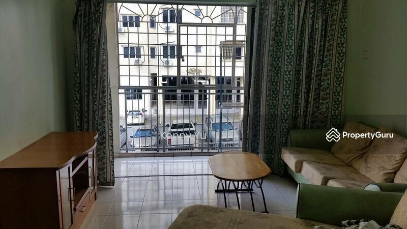 Taman Bukit Kenangan Low Cost Apartment Jalan Off Semenyih Kajang Selangor 3 Bedrooms 798 Sqft