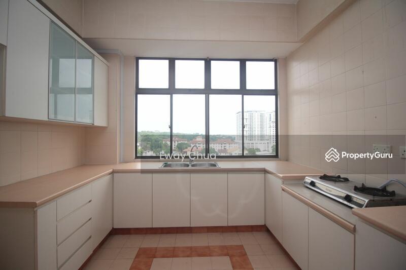 Vista Heights Condominium 11k Jalan Mariamah Johor Bahru Johor Bahru Johor 5 Bedrooms