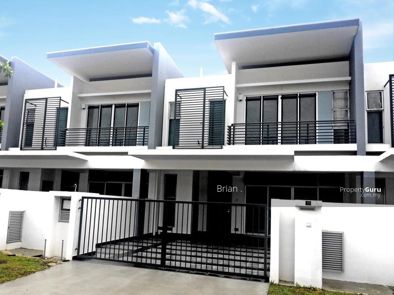 New double storey house 24x88 free hold 12 discount for Cheap double story homes