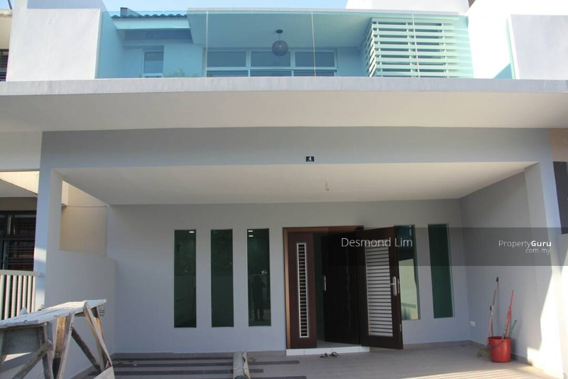 Nusa Idaman Double Storey House Renovated Gated Guarded 22x75sqsf 109628666