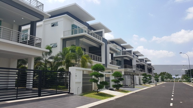 3 Storey Cluster Garden Homes @ Austin Heights #111596108