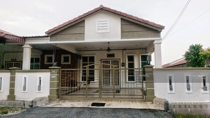 Taman Desa Idaman Durian Tunggal Melaka 4 Bedrooms 1600 Sqft