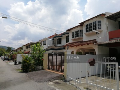 For Sale - 2 STOREY LINK HOUSE, RENOVATED, GOOD CONDITION.