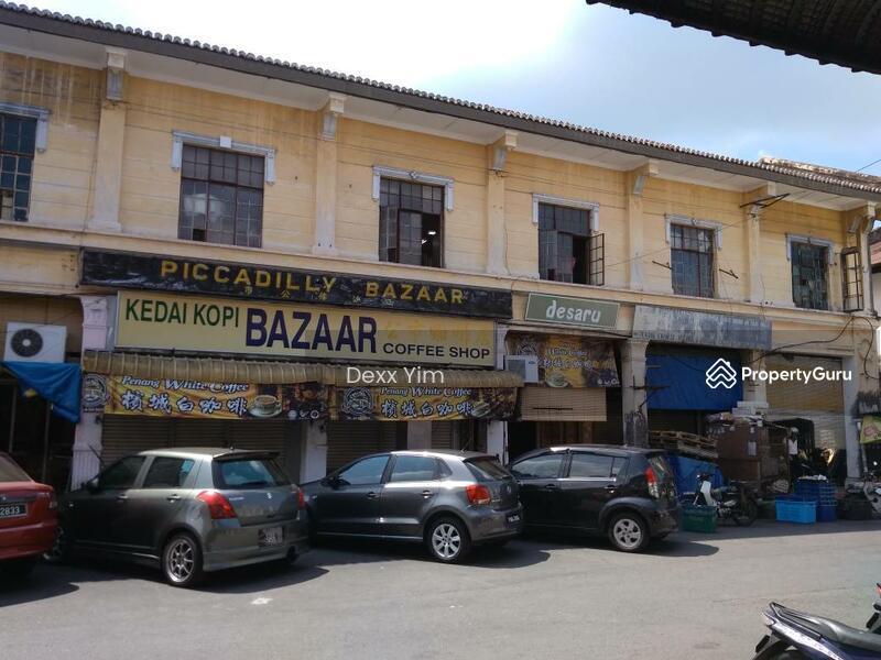 Kuala Kangsar 7 unit in row 2 sty Pre war House #125793320