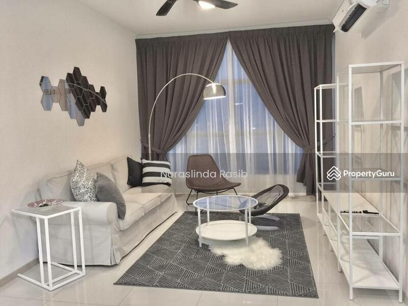 Vista Alam Serviced Apartment #125851628