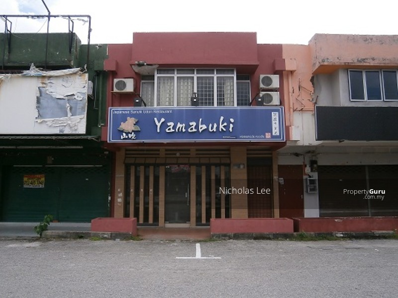 Double Storey Shop at Ipoh Garden East