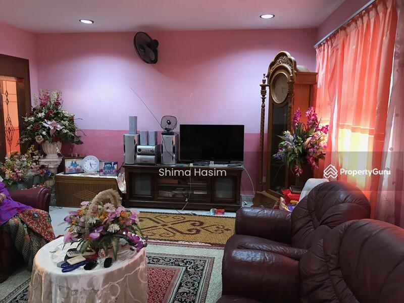 Rumah Teres Setingkat Corner Lot Pinggiran Sena 129092840