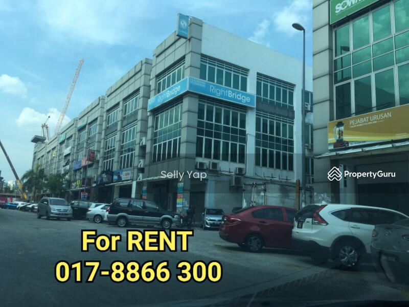 Bandar Puteri Puchong, 1st Flr Shoplot For Rent RM2800-Nego, Call Vico  017-8866 300
