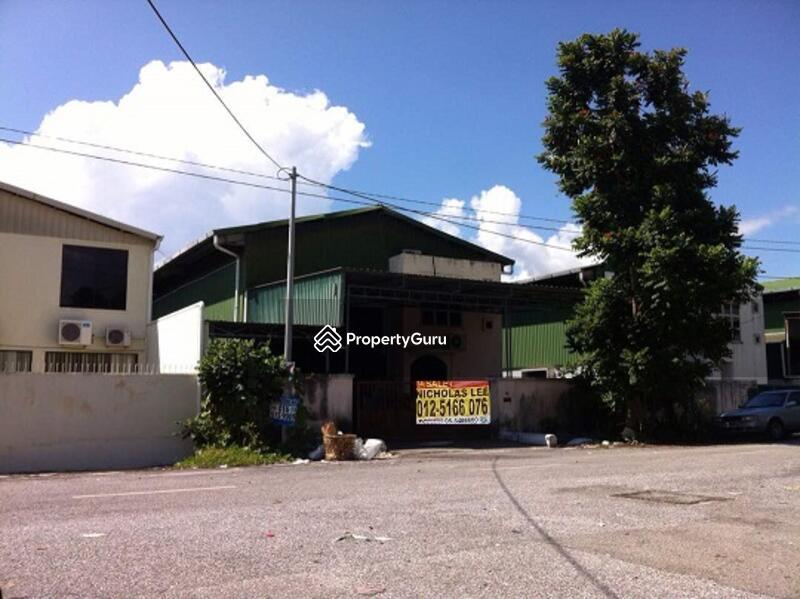 Factory at Kawasan Perindustrian Ringan Bercham #134442084