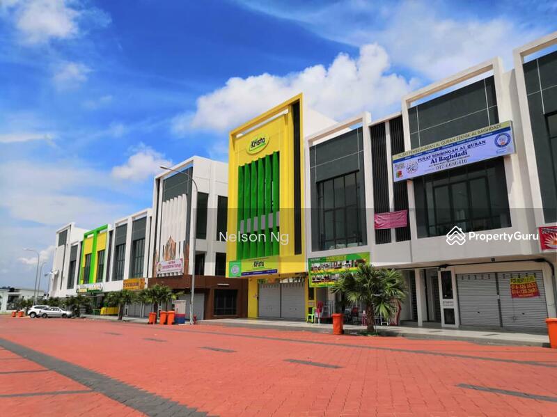 Sendayan Merchant Square End Lot Shop Office #134591524