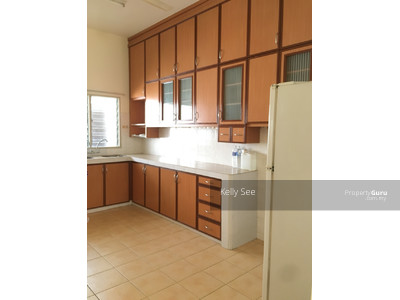 For Rent - Emerald Park partially furnished with kitchen cabinet