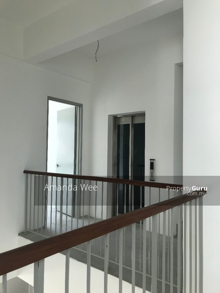 Brand new ready to move in  low density with lift nr taman desa cheras kl city kuchai Lama #135493094