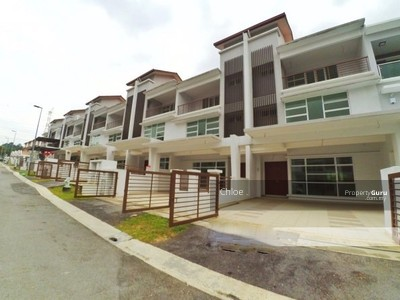 For Sale - [Cashback 21K] New Double Storey 22x85 Bandar Sri Sendayan With Backyard 10ft G&G 0%D/P