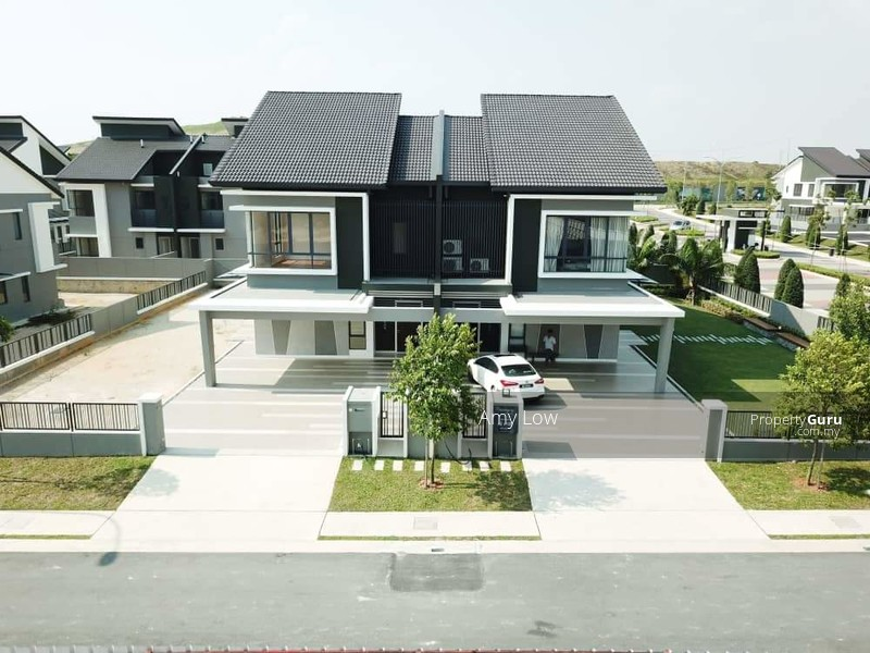[Hot Sell! ! ! ] 22x85 FREEHOLD Greenery 2storey House