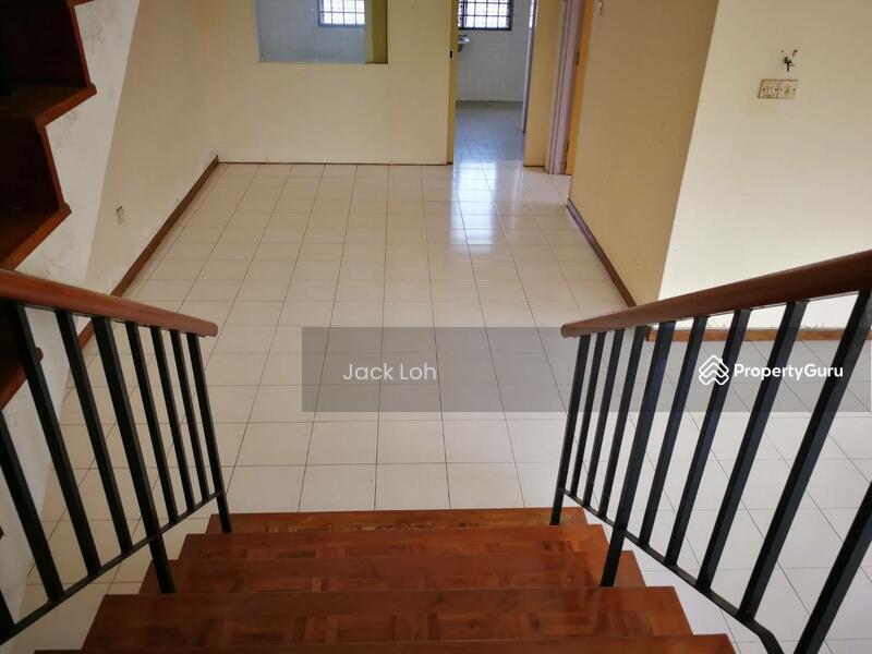 Taman Daya, 2 Storey Terraced Corner Lot #136722152