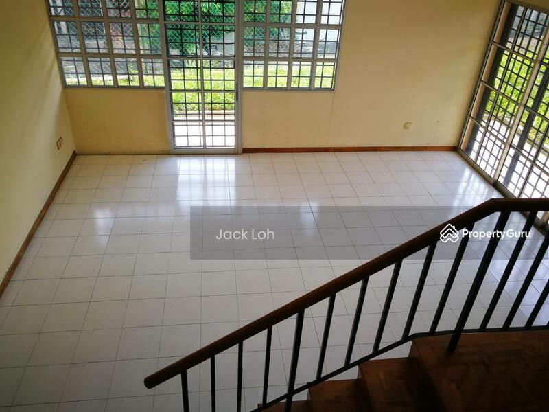 Taman Daya, 2 Storey Terraced Corner Lot #136722154