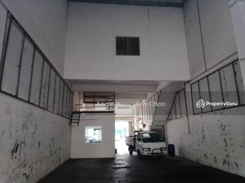 Jalan PJS 1/21a, Taman Petaling Utama, Petaling Jaya #137433228